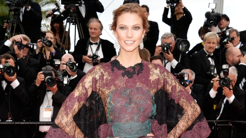 Karlie Looks Crazy in Valentino | StyleCaster