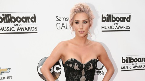 Kesha Looks Seriously Amazing   StyleCaster