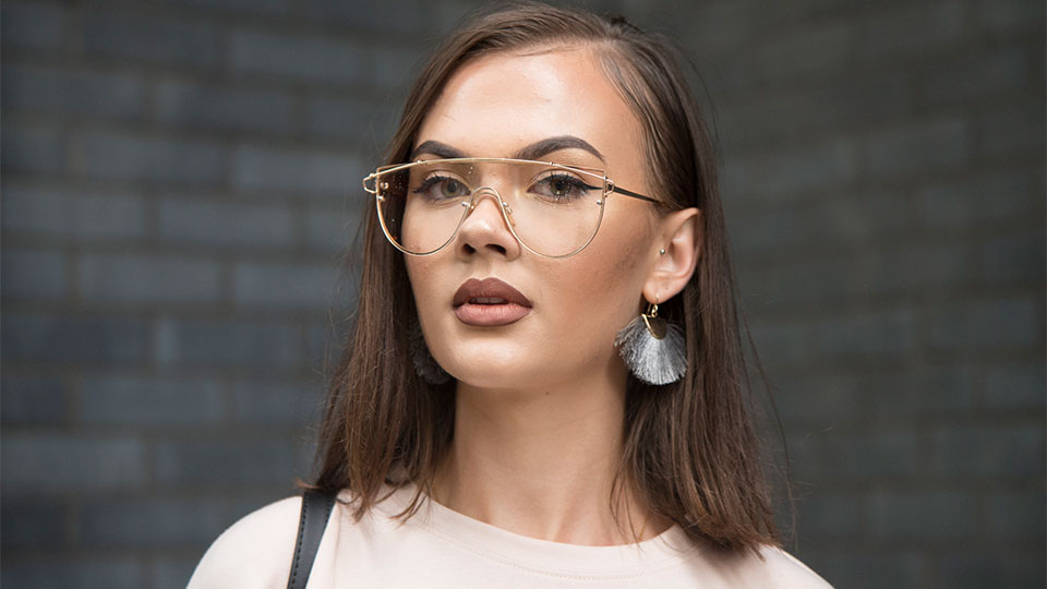 5 Ways to Ensure Your Makeup Shines Under Glasses