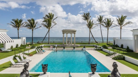 The 25 Coolest Outdoor Pools In The World | StyleCaster
