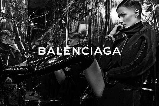 Gisele's Balenciaga buzzcut