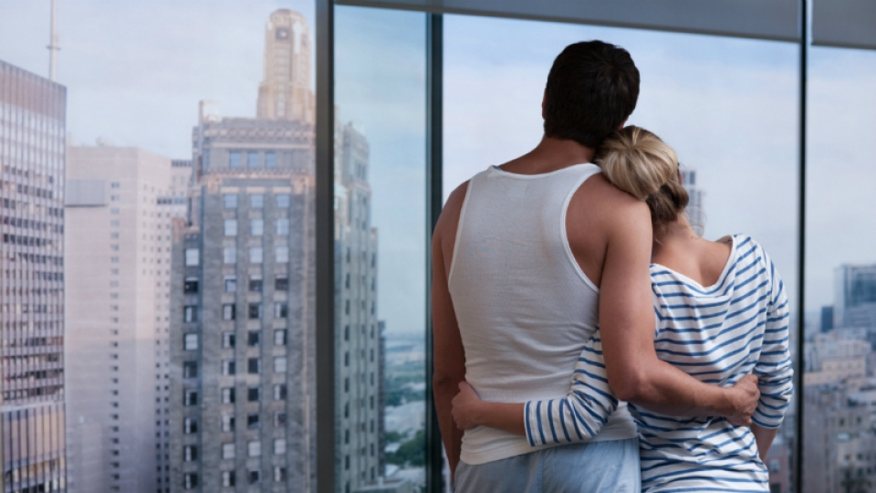 10 Ways Love Affects Your Body | StyleCaster