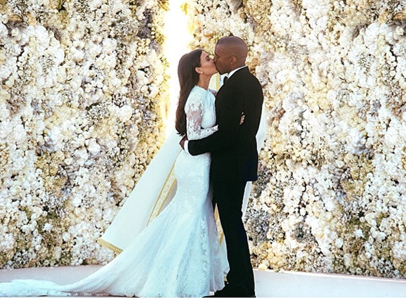 kim main Annie Leibovitz Backed Out of Photographing KimYe Wedding