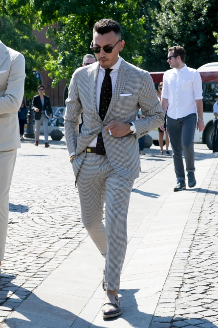 menswear fitted suit
