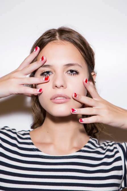 nails 50 Brilliant Beauty Tricks Using Common Household Items