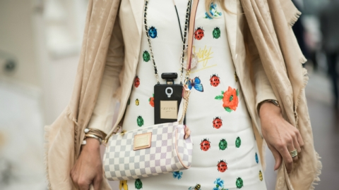 Are Your Shopping Habits Unhealthy? | StyleCaster