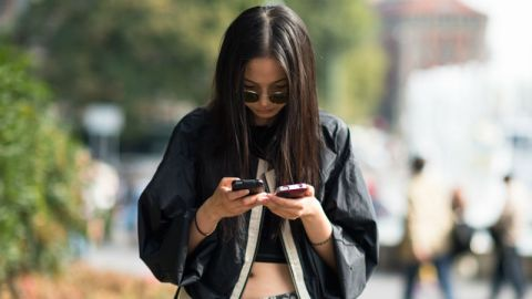 Do You Have Nomophobia? | StyleCaster