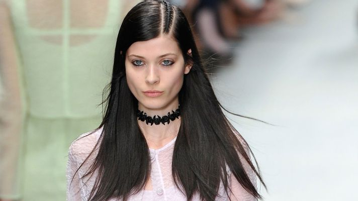It's Official: Choker Necklaces Are a Trend Again