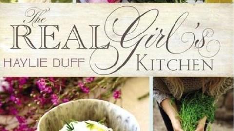 15 Random Celebs Who Wrote Cookbooks | StyleCaster