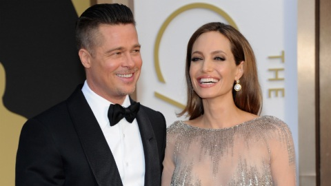 Confirmed: Angelina Jolie Wore Versace   StyleCaster