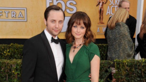 Rory Gilmore is Married!  | StyleCaster