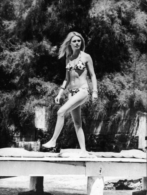 Brigitte Bardot Walking Along The Docks In La Madrague