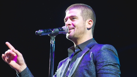 Robin Thicke Wrote 'Blurred Lines' High | StyleCaster