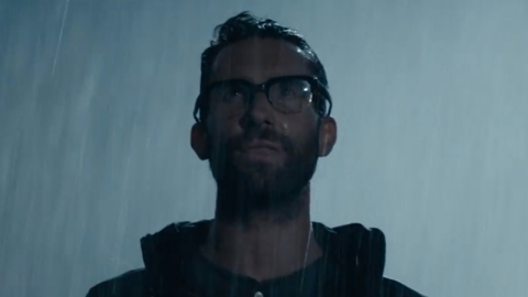 Watch Maroon 5 Video For 'Animals' | StyleCaster