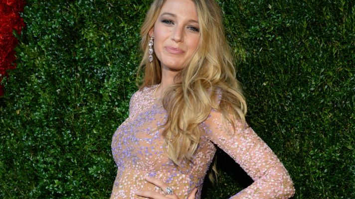 See Blake Lively's Baby Bump From Every Angle!