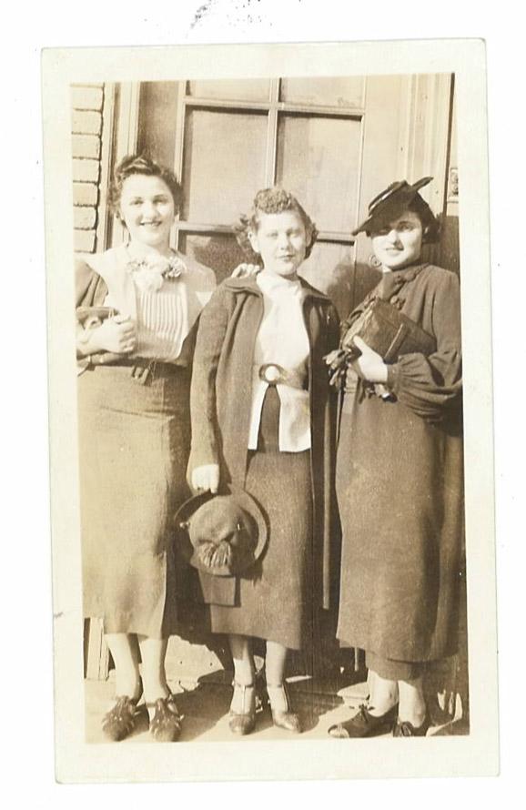 grandma1 How To Shop Your Grandmothers Closet