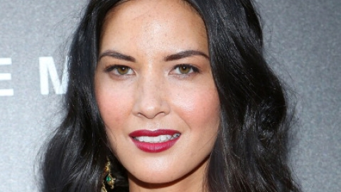 Olivia Munn's Trick to Looking Young | StyleCaster
