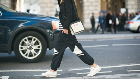 How Fashion is Selling Normcore | StyleCaster