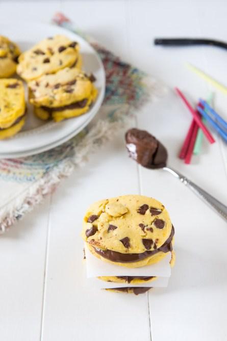 Chocolate-chip-pumpkin-shortbread-cookie-sandwiches-3