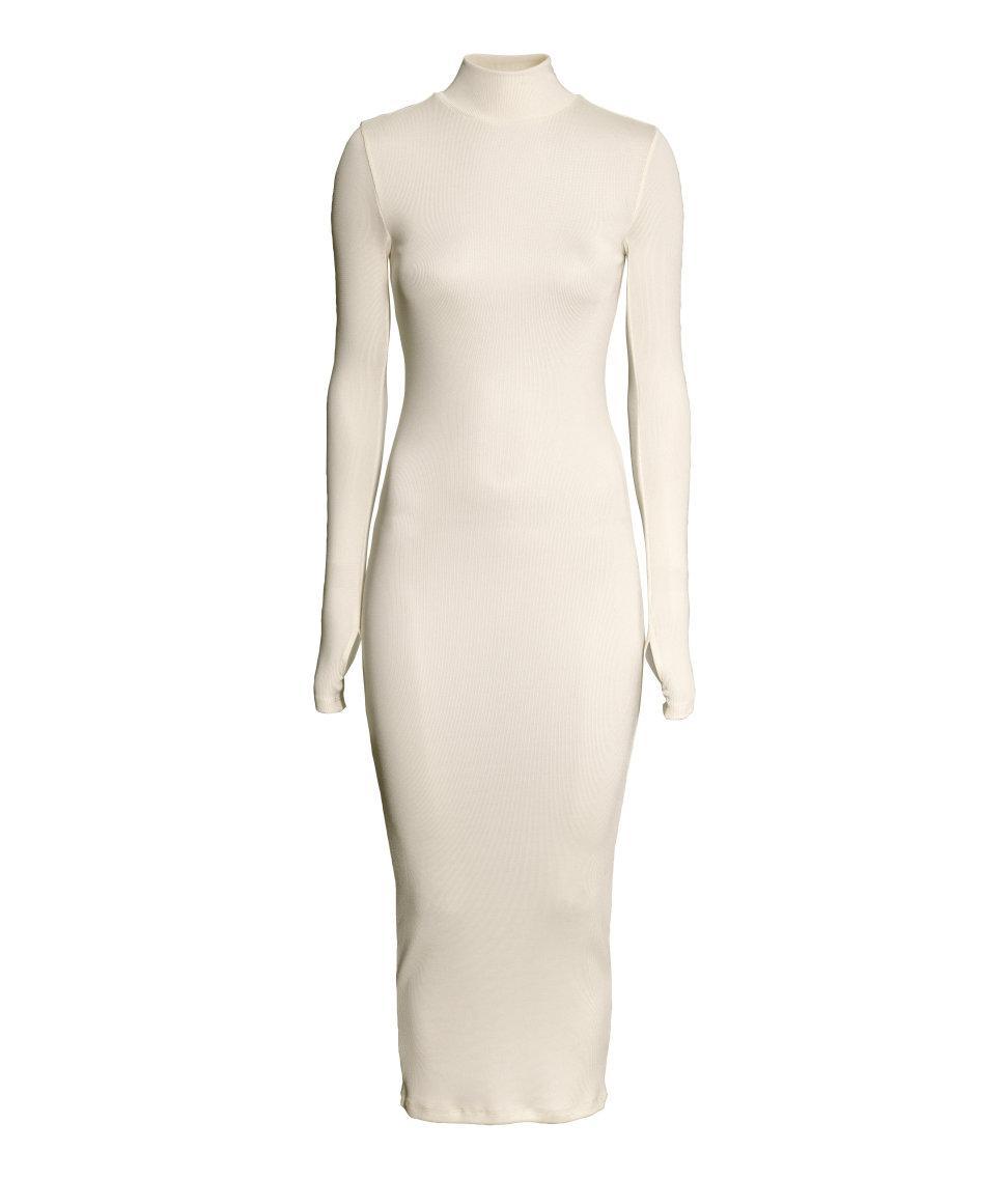 Nicole Richie Made a $40 H&M Dress Look Like a Million Bucks