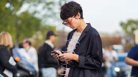 Phew, Texting Is Good For Your Brain | StyleCaster
