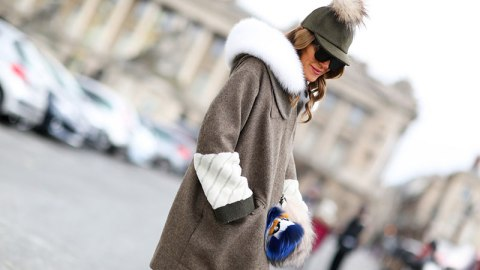 27 Outfits That Accessorize With Fur | StyleCaster