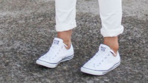 25 Ways to Wear Stark-White Sneaks | StyleCaster