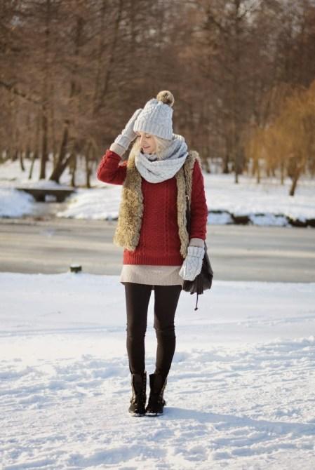 futrzana kamizelka bordowy sweter rekawiczki czapka szalik