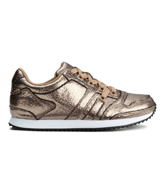 hmprod2 15 Pairs of Athletic Sneakers Thatll Make You Want to Hit the Gym
