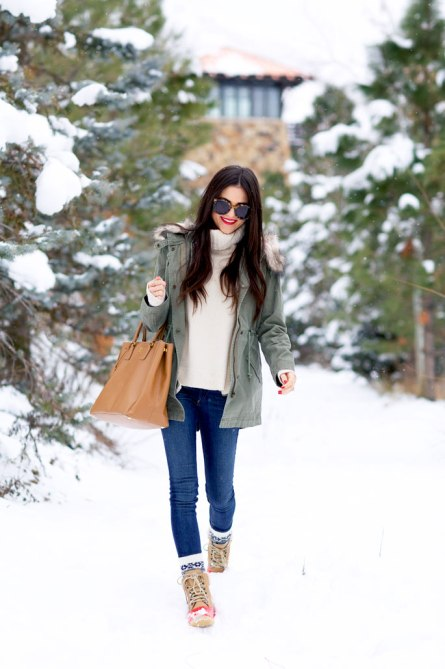 jcrew winter look sperry snow boots 20 Ways to Look Stylish in Winter Boots