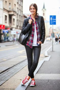 red converse street style
