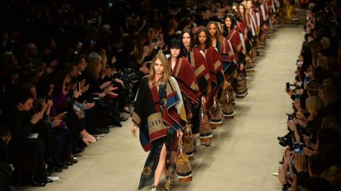 Watch Burberry Show—Live! | StyleCaster