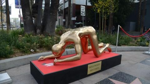 The Oscar Statue Has a Drug Problem | StyleCaster