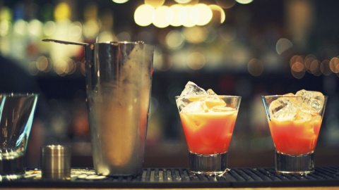 Google Launches Cool Cocktail Feature | StyleCaster