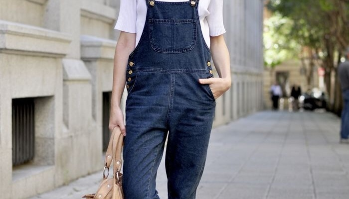 25 Incredible Spring Outfits That'll Change Your Mind About Overalls