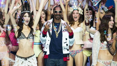 Snoop Dogg Made His Fashion Week Debut   StyleCaster