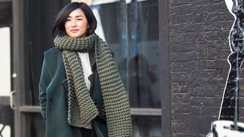 The Scarf Bloggers are Obsessed With | StyleCaster