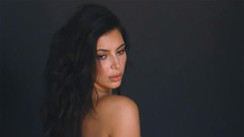 This is How Kanye Congratulates Kim | StyleCaster