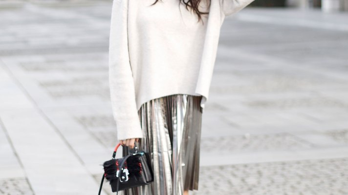 20 Ways to Make Your Winter Sweaters Work For Spring