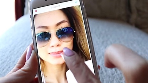 7 Photo-Perfecting YouTube Videos  | StyleCaster