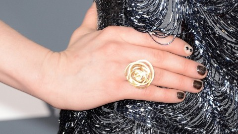 Grammys Nail Art: How to Get the Exact Manicures From the Red Carpet | StyleCaster