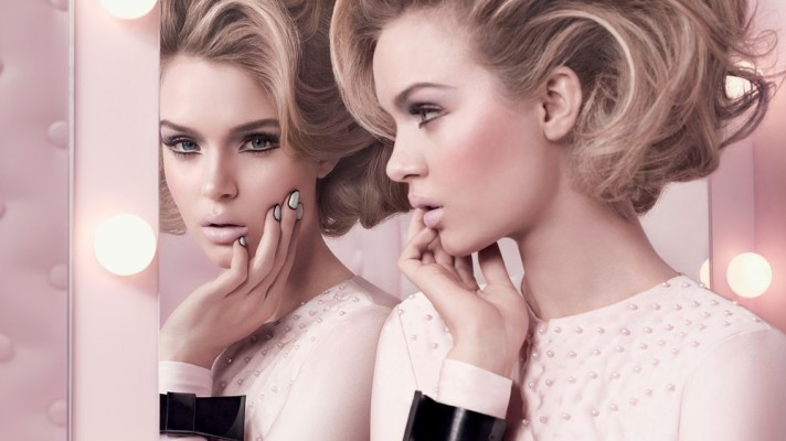 Sneak Peek See Mac S New Glamour Daze Collection Before It Hits Stores Stylecaster