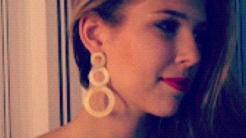 Instagram Insta-Glam: Deep Side Parts | StyleCaster