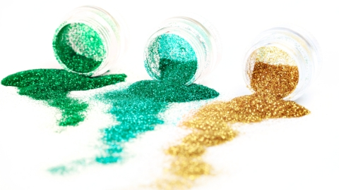 Glitter 101: Tips For Using The Trendy Product | StyleCaster
