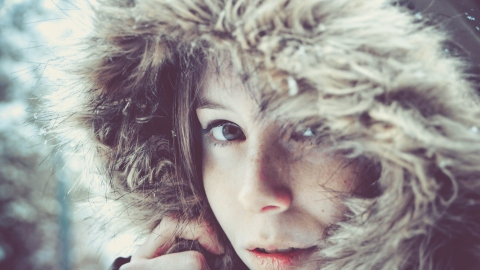 15 Reasons Why Winter is the Worst For Your Looks | StyleCaster