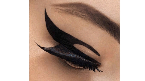 """Another """"Stick On"""" Fad To Try Out: Dior """"Velvet Eyes"""" 