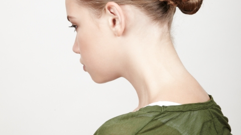 How to Get a Braided Bun   StyleCaster