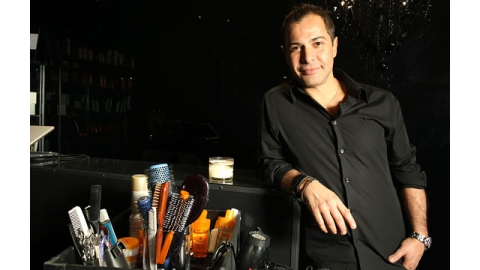 Ricardo Rojas Talks DIY Hairstyles & Salon-Worthy Blowouts   StyleCaster