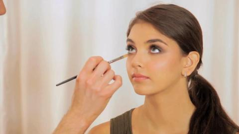 How to Get a Red Carpet-Worthy Smokey Eye | StyleCaster