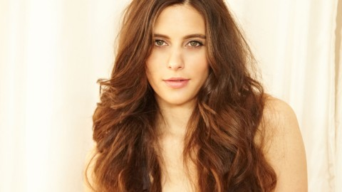 How to Use a Straightener to Curl Your Hair | StyleCaster